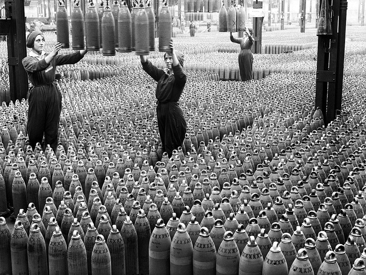 "The ""Canary Girls"" and the munition plants of the First World War"