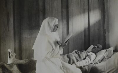 Queen Marie of Romania and her children, threatened by the Austro-Hungarian ambassador to Bucharest