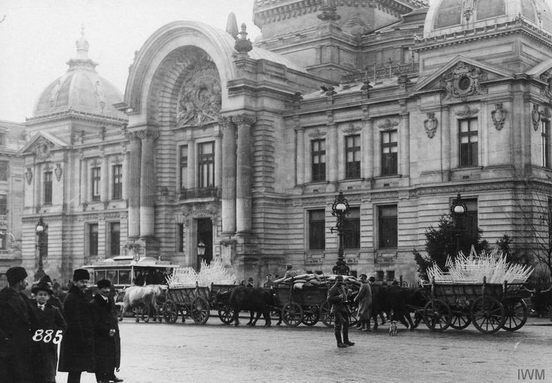 The capital of occupied Romania, seen through the eyes of a German soldier. The journal of Gerhard Velburg