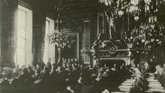The Paris Peace Conference, the leaders of the Great Powers and the Russian Bolsheviks